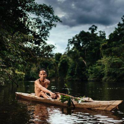 Kawi i sin fiskebåt.