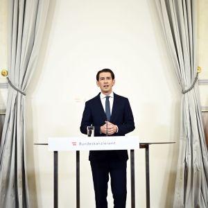 Itävallan liittokansleri Sebastian Kurz ilmoittaa erostaan.