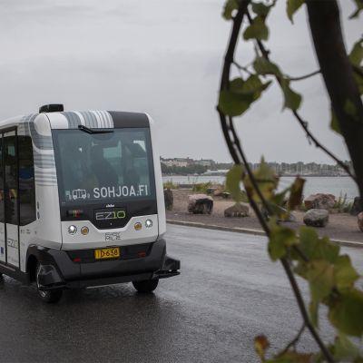 Automatisoitu bussi