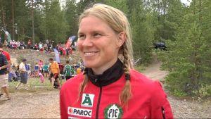 Yvonne Gunell representerar Pargas IF i orientering.