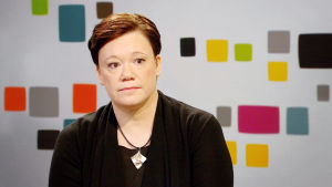 Docenten Niina Junttila har forskat i barns ensamhet,