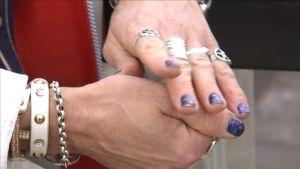 michael monroes stjärnmålade naglar och ringar