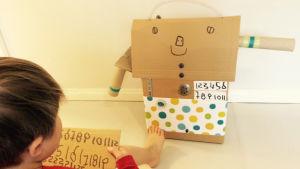 Pikku Kakkonen: Robotti