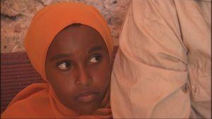 somaliskt barn som flytt från Jemen till Somalia