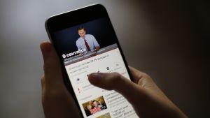 Aleksei Navalnyj uppmanar folk att gå ut och protestera via en reklamvideon på Youtube.