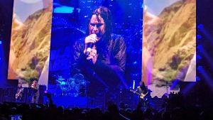 Black Sabbath soittaa Barclays Centerissä maaliskuussa 2014.