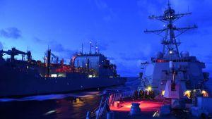 USA:s flotta på sydkinesiska havet 17.9.2015.