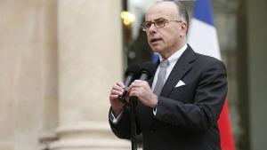Frankrikes inrikesminister lovar beskydda judiska mål