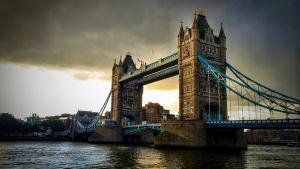 Tower Bridge är bland de viktigaste sevärdheterna i London.