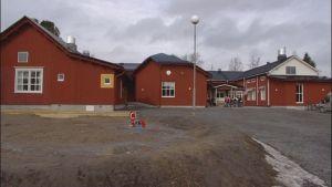 Västra Närpes skola