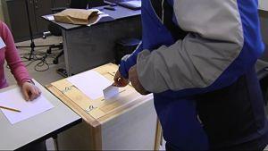 Väljare röstar