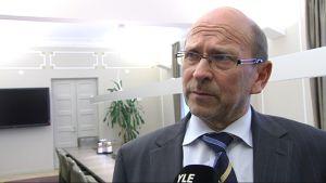 Riksförlikningsman Esa Lonka