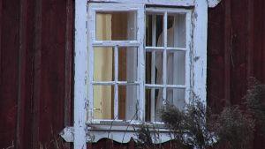 Fönster i Billnäs