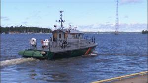 Midsommaren innebär mycket jobb för sjöbevakare