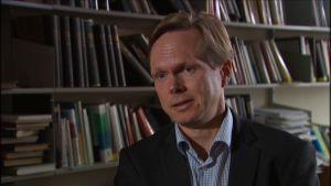 Tuomas Ojanen, professor i statsförfattningsrätt vid HU