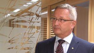 Lars Björklöf är vd för Andelsbanken Raseborg
