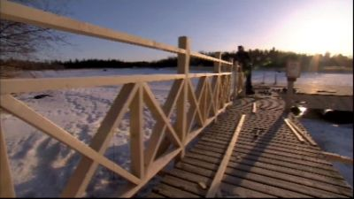 Ångbåtsbryggan har fått nytt staket.