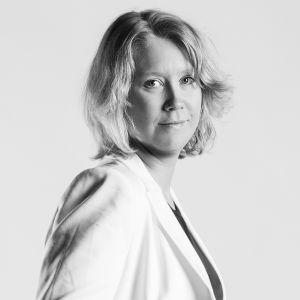 Johanna Stenback är fri kulturproducent i Österbotten.