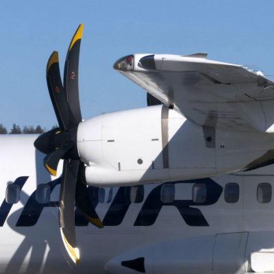 Finnairin ATR Joensuun lentoasemalla