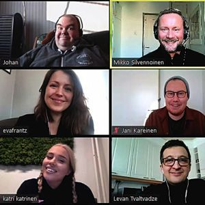 Vuoden 2021 UMK-selostajat Johan Lindroos, Mikko Silvennoinen, Eva Frantz, Jani Kareinen, Katri Norrlin ja Levan Tvaltvadze Zoom-kokouskuvassa.