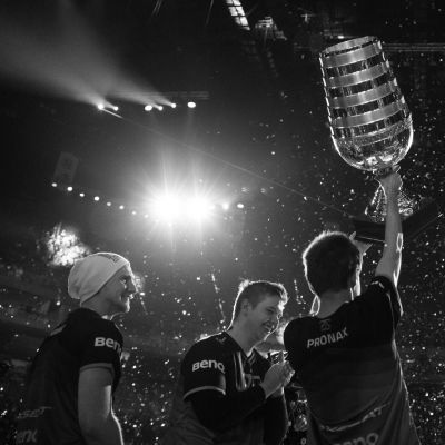 Fnatic-joukkue voitti ESL One Cologne 2015 Major-turnauksen. Mestaruus oli joukkueen toinen peräkkäinen Major-turnauksesta.