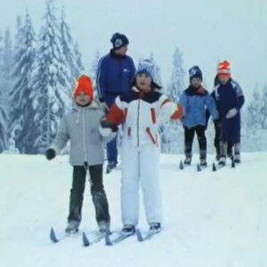 Lasten hiihtokoulu vuodelta 1979