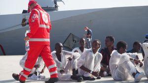 Enligt hjälparbetare var många av de asylsökande magrare än tidigare.