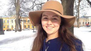 Cecilia Alameri har gjort frivillig militärtjänst för kvinnor.