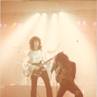 Queenin Brian May ja Freddie Mercury Helsingin Kulttuuritalolla 1974