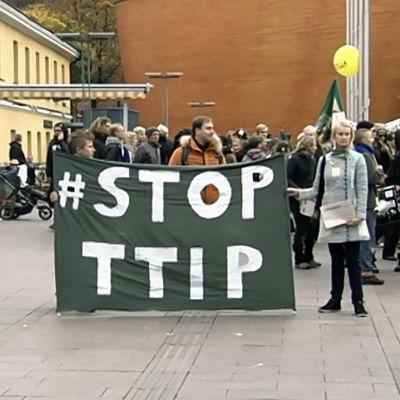 TTIP-demonstration i Helsingfors hösten 2014