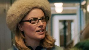Ida Engvoll som Yvette.
