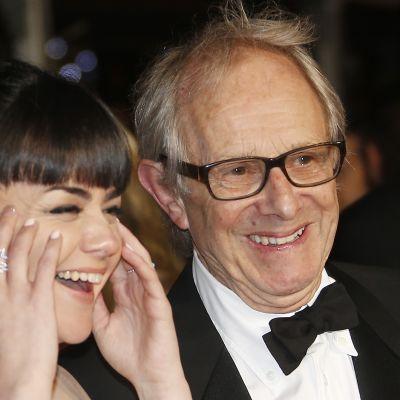 I, Daniel Blake -elokuvan näyttelijätär Hayley Squires ja ohjaaja Ken Loach Cannesin elokuvajuhlilla.