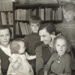 Olof Enckells och Dagmar Thesleffs (gift Enckell) familj
