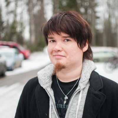 Kirjailija Antti Heikkinen