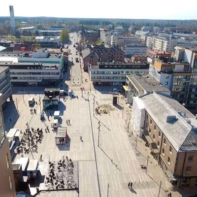 Seinäjoen uuden keskustorin avajaisia juhlitaan lauantaina 27. huhtikuuta.