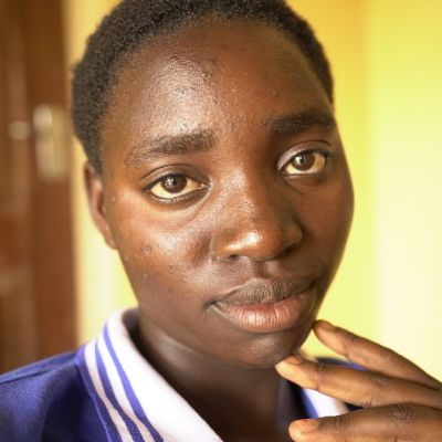 18-åriga Annie från Zambia