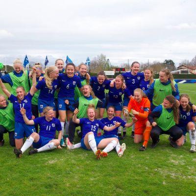 Finlands U17-flickor fixade EM-biljetten.