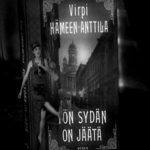 Virpi Hämeen-Anttilan dekkari Stradassa.