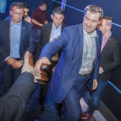 Markus Söder on Baijerin osavaltiopääministeri, joka on kuohuttanut Saksaa viime viikkoina ristiriitaisilla uudistuksillaan. Hän puhui Nürnbergissä elokuvateatterissa pidetyssä kampanjatilaisuudessa.