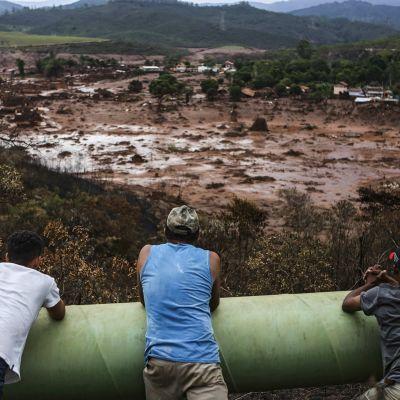 Mutavyöry tuhosi Bento Rodriquesin kylän.