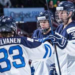 Finländska juniorlandslagsspelare.