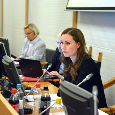 Sanna Marin, ordförande för Tammerfors stadsfullmäktige vid fullmäktigemöte den 7 november 2016.