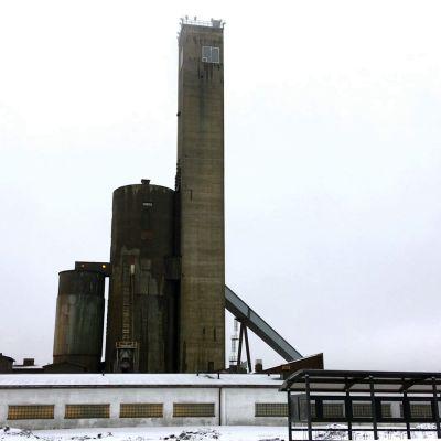 Pyhäsalmen kaivoksen tornit