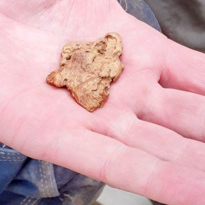 Tankavaaran kullanhuuhdonnan SM-kilpailuissa löytyi noin 60 gramman painoinen kultahippu.