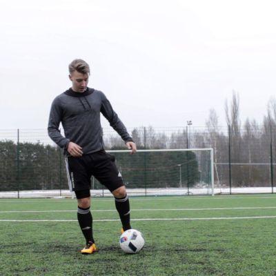 Ilari Hakala on tehnyt jalkapallovideoita jo useita vuosia.