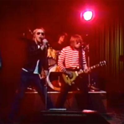 Eppu Normaali -yhtye esiintymässä Tuubi-ohjelmassa 1979