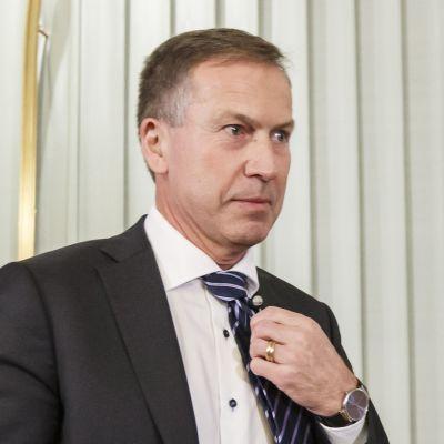 Nobel-komitean puheenjohtaja Olav Njølstad.