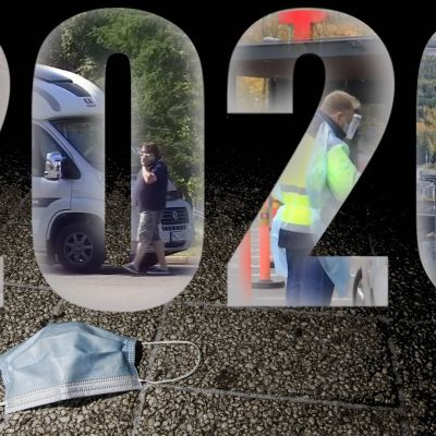 Vuoden 2020 tapahtumia pieninä kuvina vuosiluvun sisällä