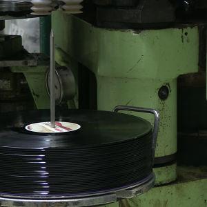 Tillverkning av vinylskivor.