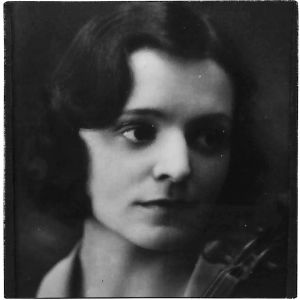 Viipurilainen viulisti Irma Salmela noin 1930.
